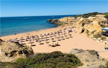 去葡萄牙城市阿尔加维旅游的8个理由